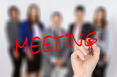 6 mistakes you make when you speak English in a meeting