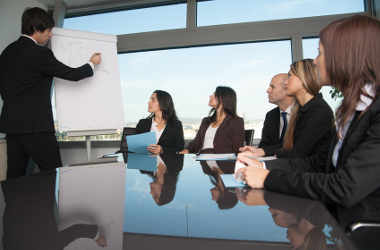 How to ace presentations in meetings