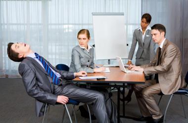 Lutter contre la somnolence en réunion