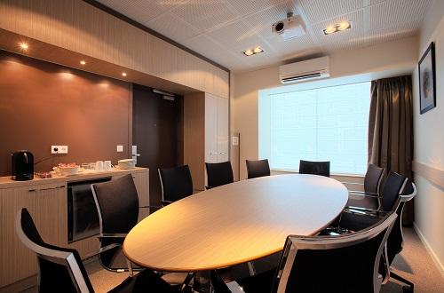 en t louez une salle de r union climatis e paris blog bird office. Black Bedroom Furniture Sets. Home Design Ideas