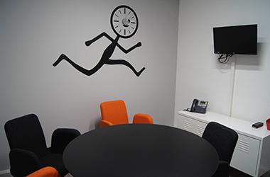 Bref, j'ai loué une salle de réunion à Lille