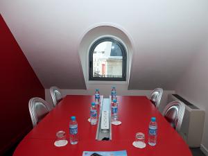 reunions en petit comite a Paris - birdoffice-12