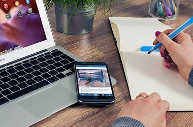 Le smartphone, ami ou ennemi des réunions ?