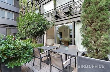 Bronzer en travaillant : le Top des salles de réunion avec terrasse !