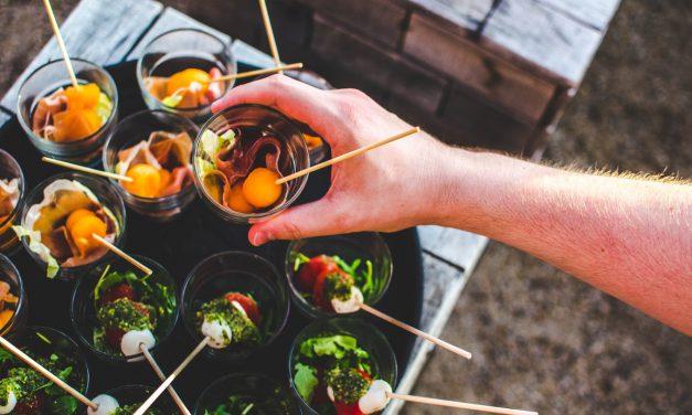 Comment organiser un cocktail d'été pour votre entreprise?