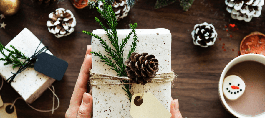 10 idées de cadeaux de noel pour vos collègues